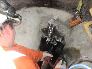 Containment valve Installation