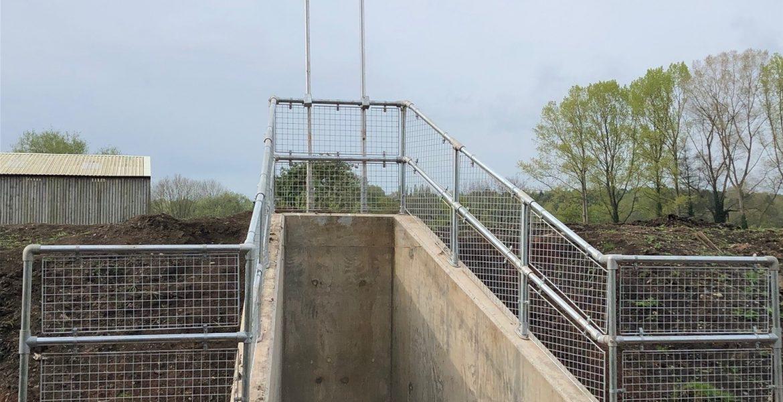 Flood Gate, Penstock